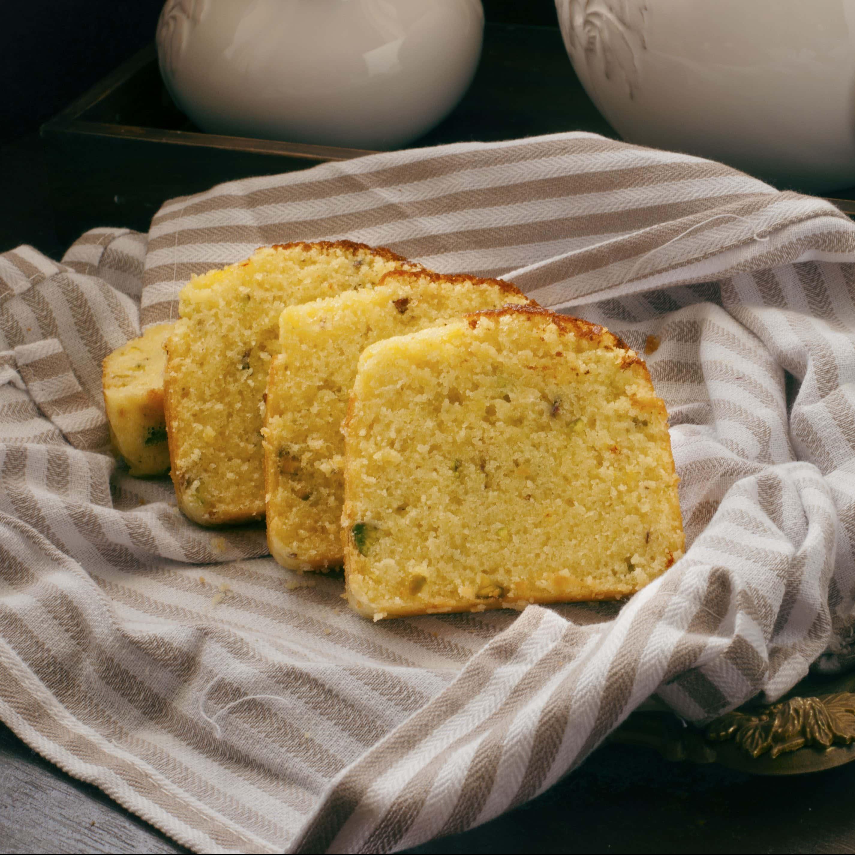 Hot Milk Cake with saffron and Pistachios