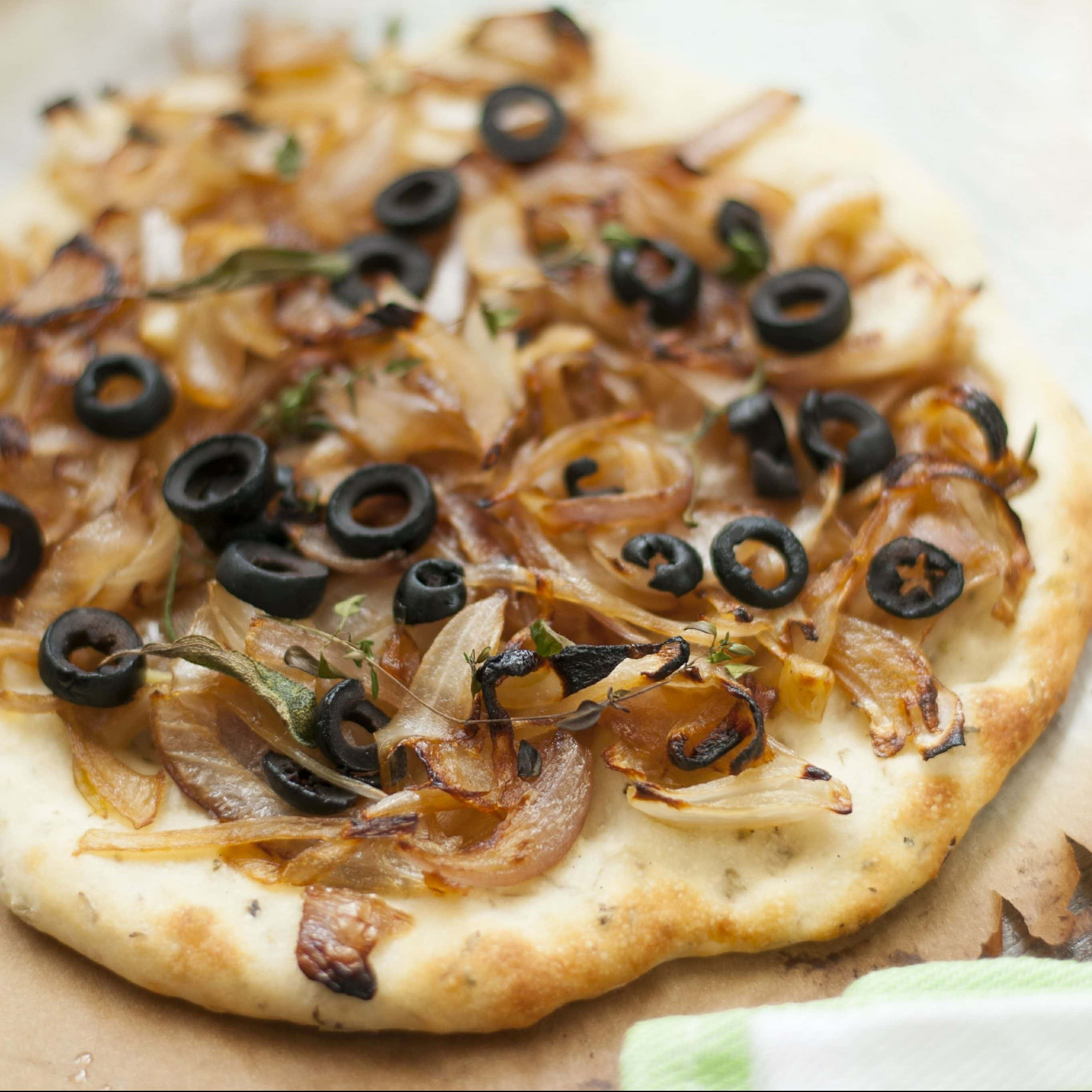 Traditional Sicilian Olives and Onion Pizza