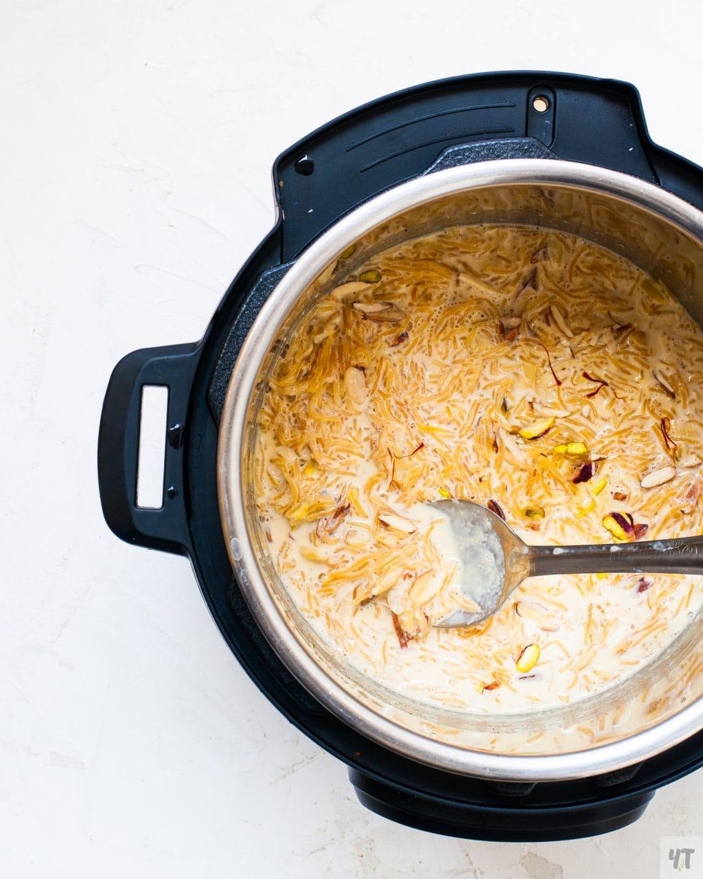 Vermicelli Kheer - Semiya Payasam or Sev ki Kheer in an instant pot.